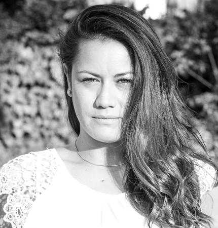Alicia<br>León